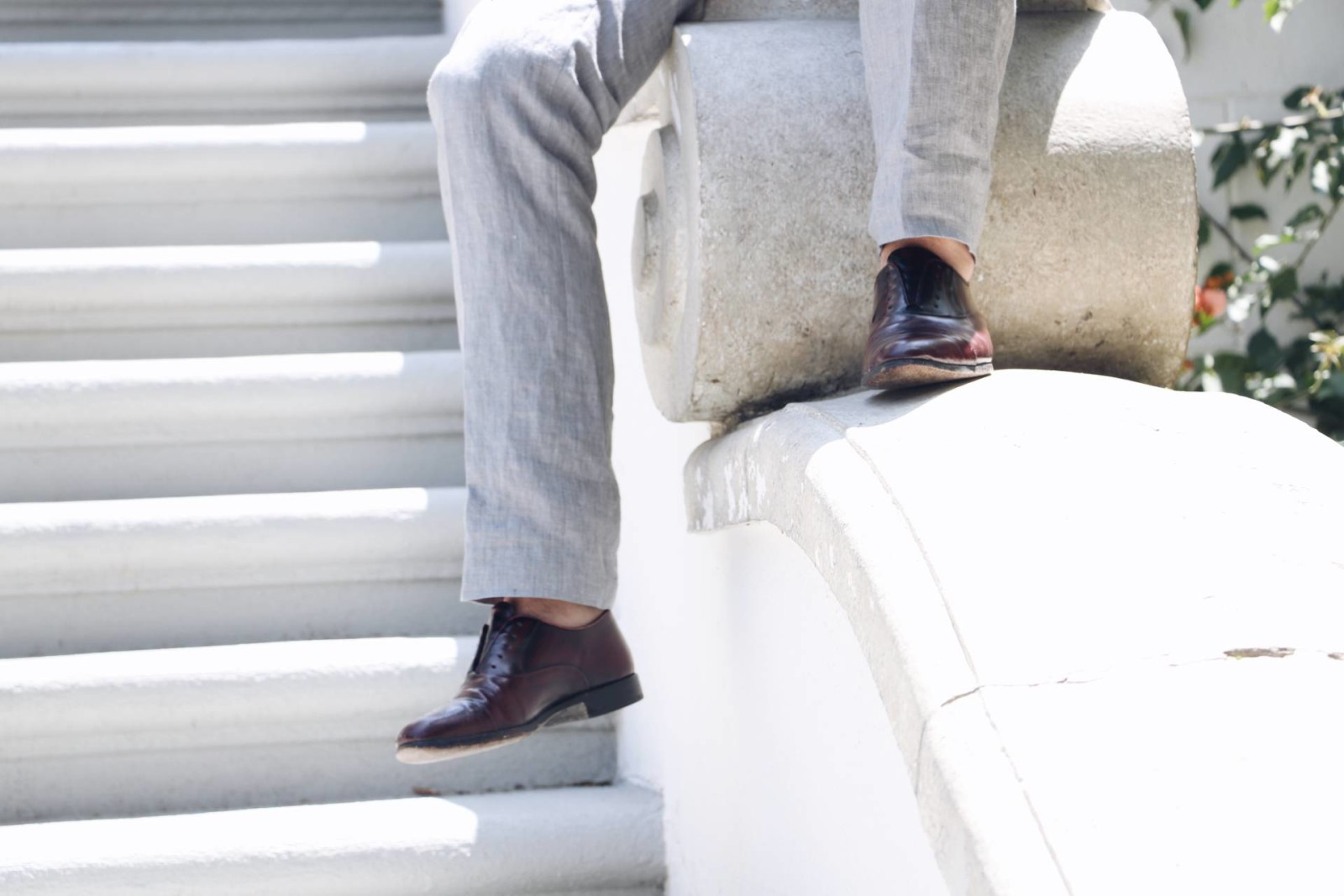 linen pants and dress shoes